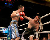 Odessa, Ukraine - May 31, 2014: In the boxing ring Agali Alyshov — Stock Photo