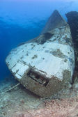 Bow of a large underwater shipwreck — Stock Photo