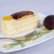 Sponge cake with fruits — Foto Stock