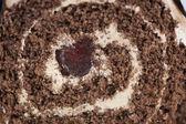 Dessert rouleau éponge au chocolat — Photo