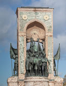 Monument of Independence in Taksim Istanbul — Stock Photo