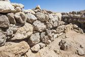 Old roman ruins on desert coastline — Stock Photo