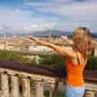 Beautiful young woman in Florence — Stock Photo