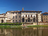Townscape of Florence. Uffizi Gallery — Stock Photo