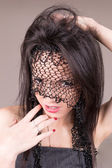 Rosto da jovem mulher com véu, maquiagem perfeita — Fotografia Stock