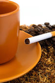 Coffee and cigarettes — Stock Photo