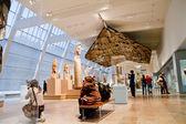 Metropolitan Museum of Art, May 15, 2011 in New York — Stock Photo