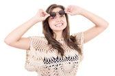 Closeup spaanse vrouw portret dragen van een zonnebril — Stockfoto