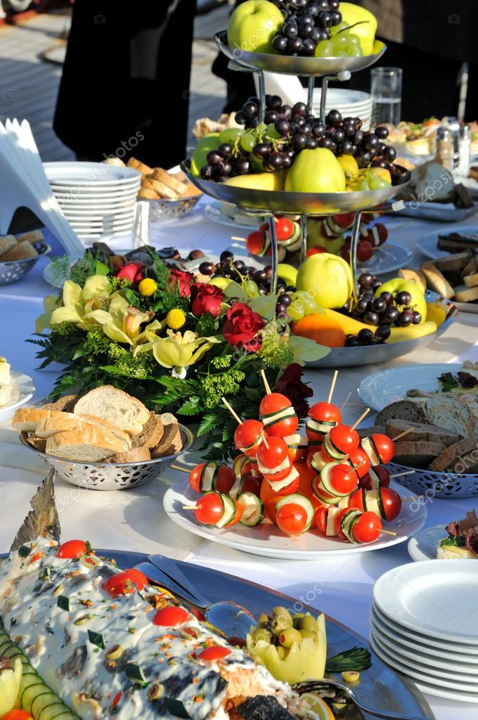 Catering food at a wedding party — Stock Photo #13122776