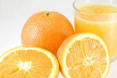 Oranges with juice — Stock Photo