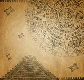 Mayan Calendar and pyramid — Stock Photo
