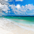 Sunny tropical beach on the island — Foto Stock