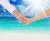 Mum holding the hand of his daughter — Stock Photo