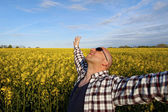 Male - free in the field — Stock Photo