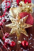 クリスマスの星と装飾 — ストック写真