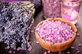 Lavendel und meer salz — Stockfoto