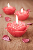 Candles and flower petals — Stock Photo