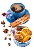 Een kopje thee met zoetigheden — Stockfoto