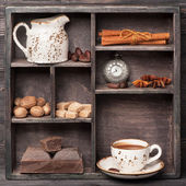 Hot chocolate and spices — Stock Photo
