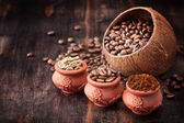 Different types of coffee. Coffee grains. Green coffee. Ground coffee — Stock Photo