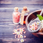 Spa. Aromatherapy essential oils, flowers, sea salt. Spa set — Stock Photo #46043599