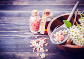 Spa. Aromatherapy essential oils, flowers, sea salt. Spa set — Stock Photo