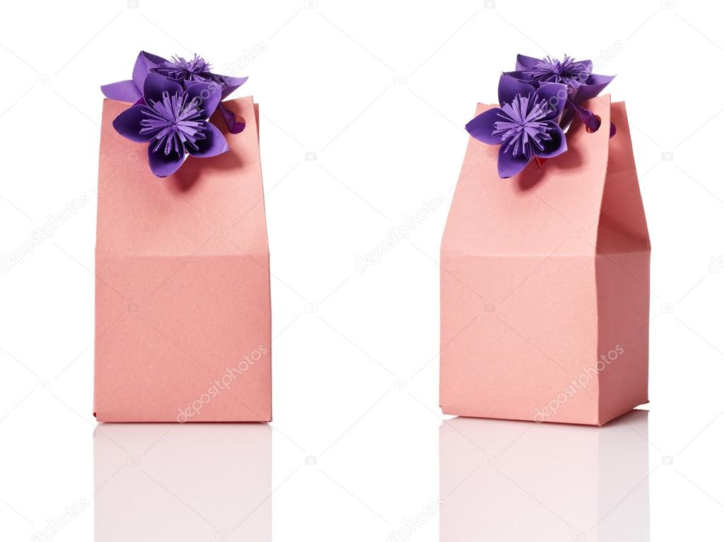 Studio shot of small gift box with decoration. Box isolated on white background. — Stock Photo #12653387