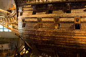 STOCKHOLM - JULY 24: 17th century Vasa warship salvaged from sea at museum in Stockholm — Zdjęcie stockowe