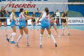 Volleyball game Dinamo Russia (white) vs Omichka (black) — Stock Photo