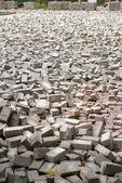 Lajes de pavimentação em uma confusão na Praça — Fotografia Stock