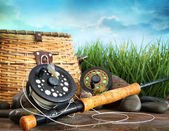 Flly fishing equipment and basket — Stok fotoğraf