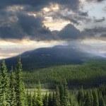 Прекрасный вид на Скалистые горы Альберты — Стоковое фото