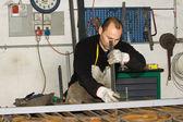 Muži, kteří pracují s ocelí — Stock fotografie