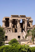 Ancient ruins of Kom ombo — Stock Photo