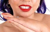 Bouche et les mains de femme. — Photo