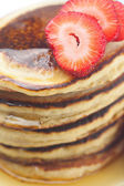 Pancakes, honey and strawberry isolated on white — 图库照片