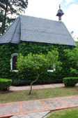 Small chapel with green trees — Stock Photo