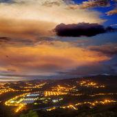Niesamowity wschód i góry — Zdjęcie stockowe