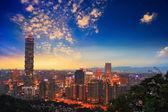 Taipei, Taiwan evening skyline. — Stock Photo