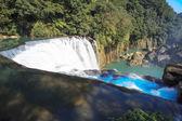 Cachoeira em taiwan modelo — Fotografia Stock