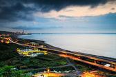Panoramic view of beach skyline and highway — Stock Photo