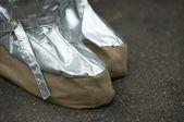 预防火灾的特殊鞋类 — 图库照片