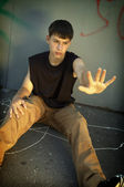 Teeny-weeny rebel tegen ouders — Stockfoto