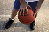Sportsman with baskeball — Stock Photo