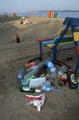 Garbage on the beach — Stock Photo