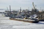 Russian river Volga in winter time — Stock Photo
