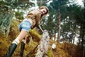 Promenader i skogen — Stockfoto