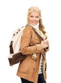 женщина в куртку овчины — Стоковое фото