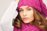 Piękna kobieta w kapeluszu zima — Zdjęcie stockowe