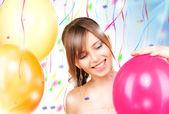 Adolescente feliz con globos — Foto de Stock